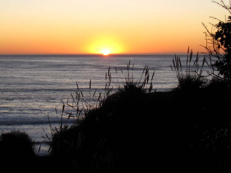 Sunset Over the Pacific by Myrl Jeffcoat