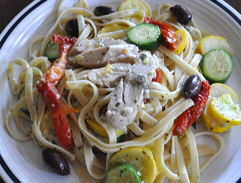 Fettucini with Chicken and Garden Vegetables